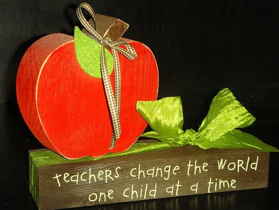 Teacher Apple Wood Craft .. GREAT END OF THE YEAR GIFT FOR YOUR CHILDS ...