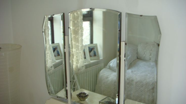 dressing table mirror in spare bedroom : dressing table mirrors : Pin ...