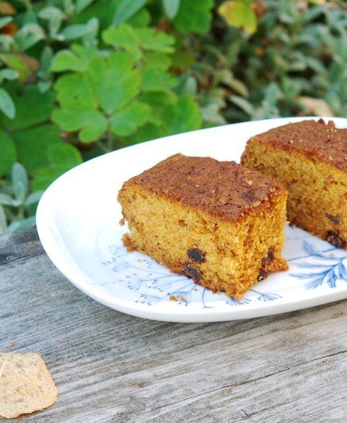 Рецепт простого пирога с изюмом