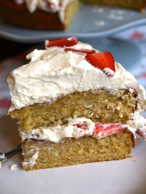 Strawberries & Cream Buttermilk Cake from www.flickofthewhisk.com
