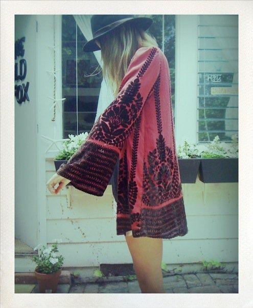 . . kimono . .