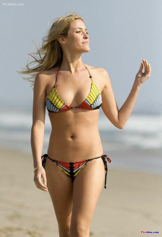Kristen Stewart Bikini...