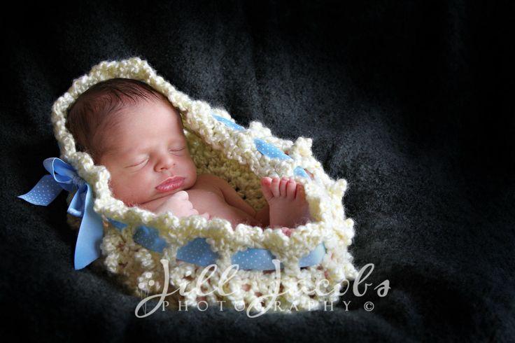 Bubbles Newborn Bowl Photography Prop Crochet Pattern (582)