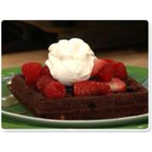 Brownie waffles!!! http://www.rachaelrayshow.com/food/recipes/waffle ...
