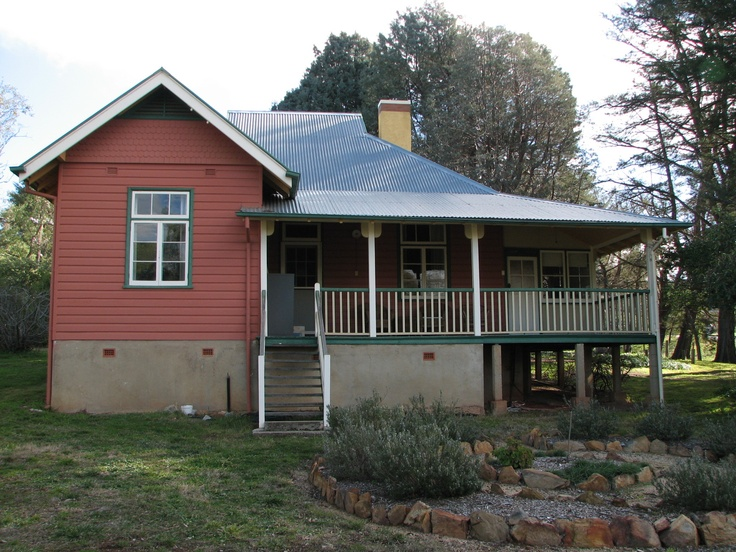 Steep Pitch Weatherboard Cottage Historic Facades