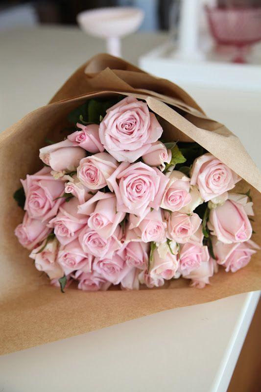 Розы в бумаге