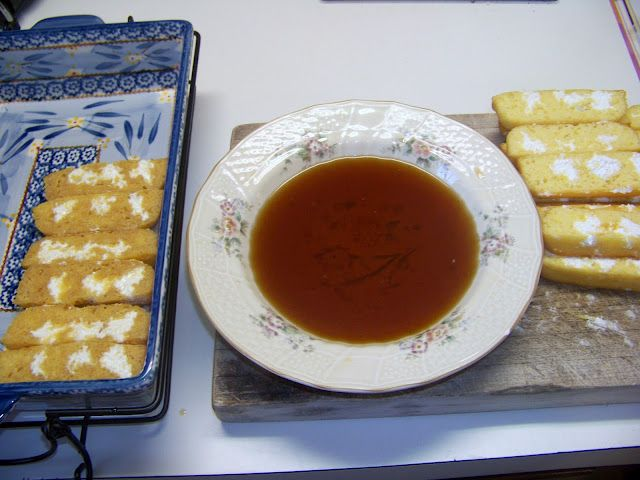 Twinkie Tiramisu... oh my word!! Seriously have to try this!!