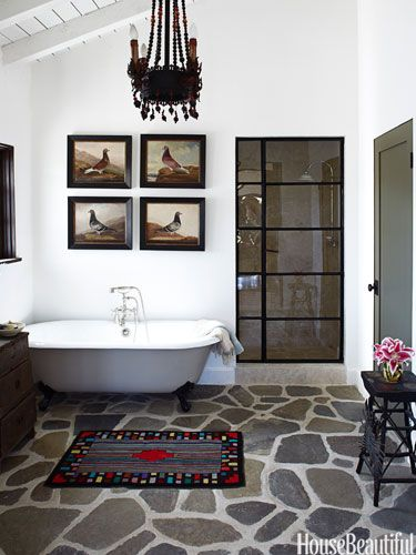 A spanish style country bathroom for Bathroom in spanish