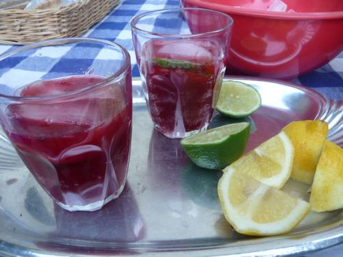 Blackberry Limeade: Let's Drink to Summer