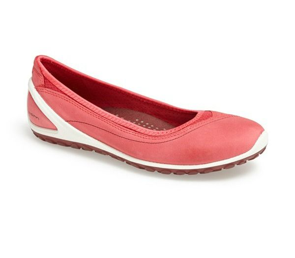 The most comfortable walking shoes for Europe- biom lite ballerina