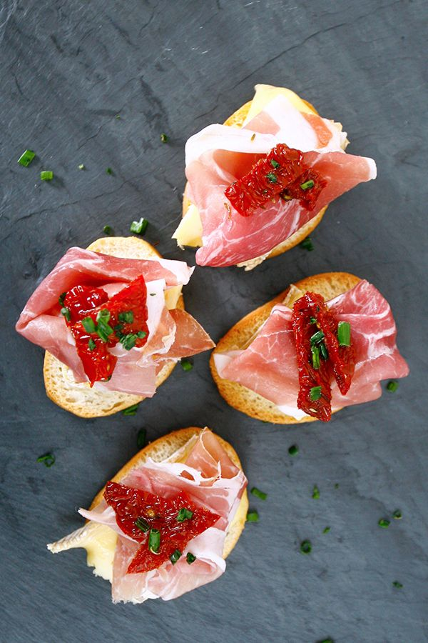 brie toast with truffled tomato bruschetta recipes dishmaps brie toast ...