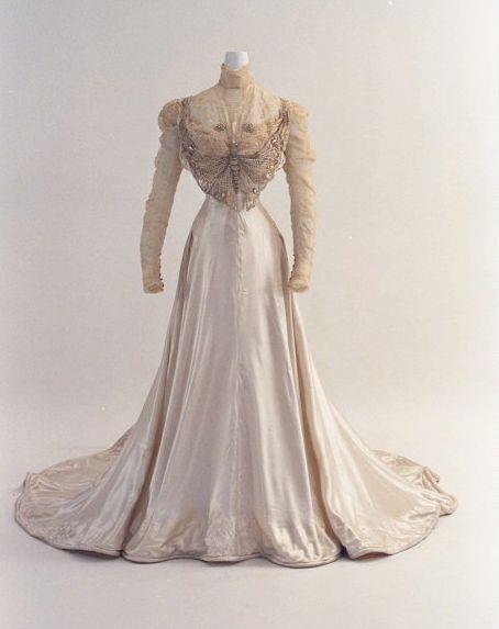 Circa 1890 gown via Bunka Gakuen Costume Museum - view 1 of 2