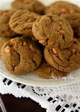 Butterscotch Gingerbread Cookies ... sounds like a new traditional ...