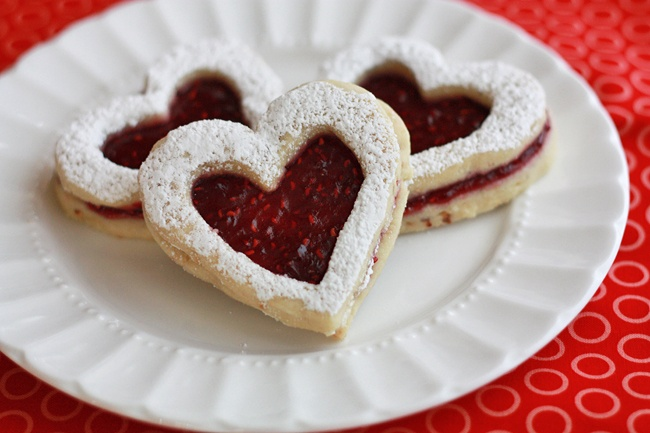 Raspberry-Hazelnut Linzer cookies, perfect for your Valentine! from ...