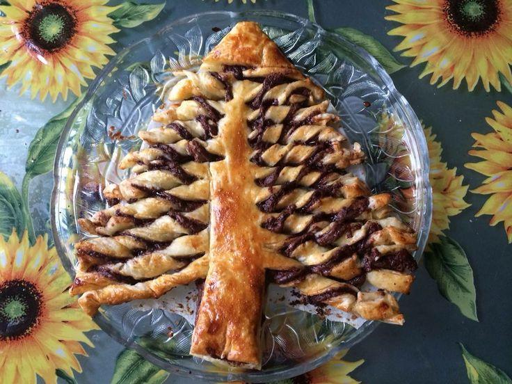 Nutella Brioche Christmas Tree Bread | Funny | Pinterest
