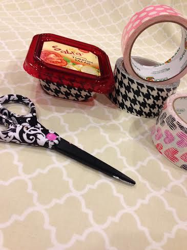 Have you crafted with Duct Tape yet? Great way to keep your kids busy with a fun and low mess craft project that can be used as table decoration later - #KidsCrafts