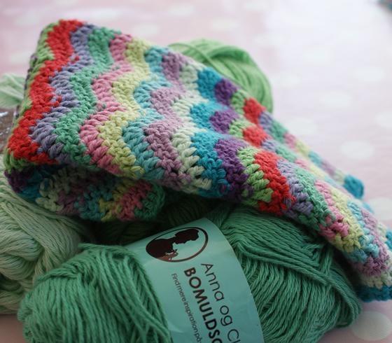 Crocheting Zig Zags : Recipe for Zig Zag crochet dishcloth CROCHET Pinterest