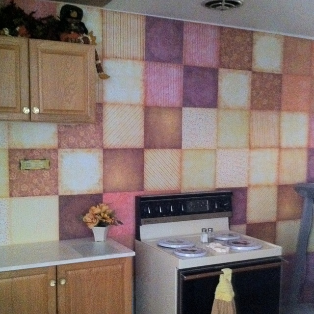 Kitchen Wall Treatment Ideas: Scrapbook Paper Kitchen Wall Covering