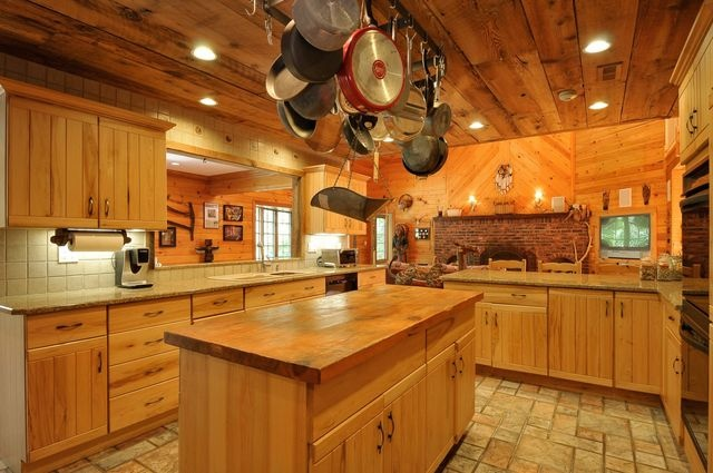 Old country kitchen HOUSE