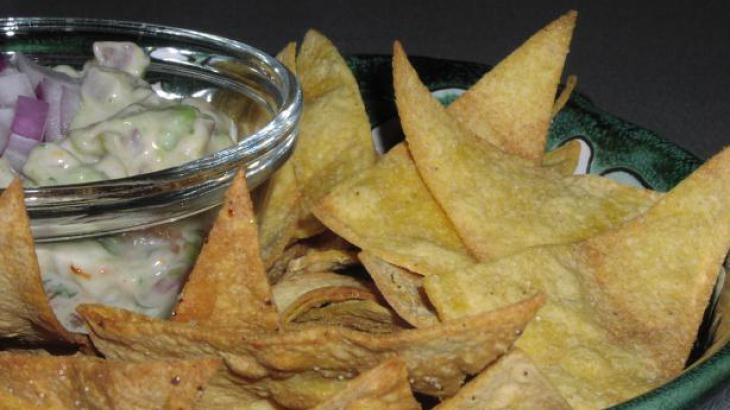 Homemade Baked Tortilla Chips | food: pizza and popcorn | Pinterest