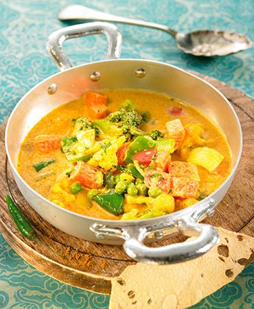 Vegetable and coconut curry soup | NOM NOM | Pinterest