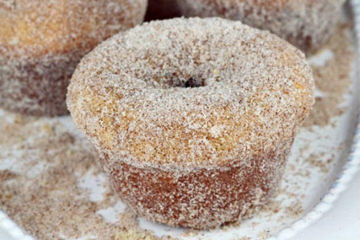 Cinnamon Sugar Doughnut Muffins Recipe | FOOD | Pinterest