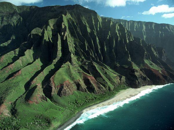 I want to go back to Hawaii so bad!  The Na Pali Coast, Hawaii