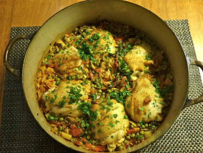 Chicken Sofrito with Orzo. *I think you could use rice with this ...