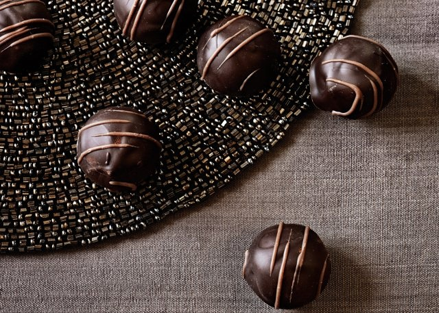 The way to a man's heart + stomach: Traditional-Ale Truffles Recipe.