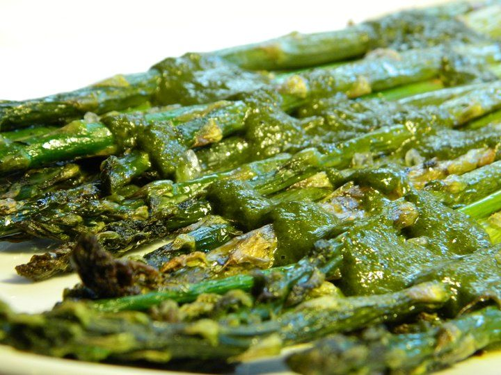 Roasted Asparagus in Balsamic Vinegar & Parsley Sauce with Parmesan ...
