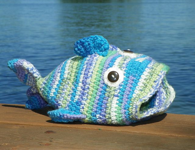 Free Crochet Pattern For Small Fish : Free Crochet Fish Hat Pattern. Crochet - Hats Pinterest