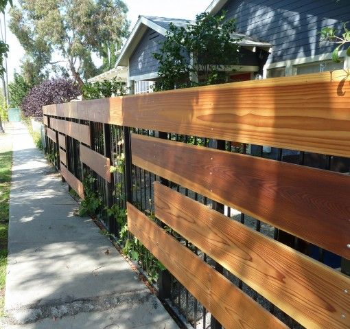 Cool modern fence design with large horizontal boards for Cool fences