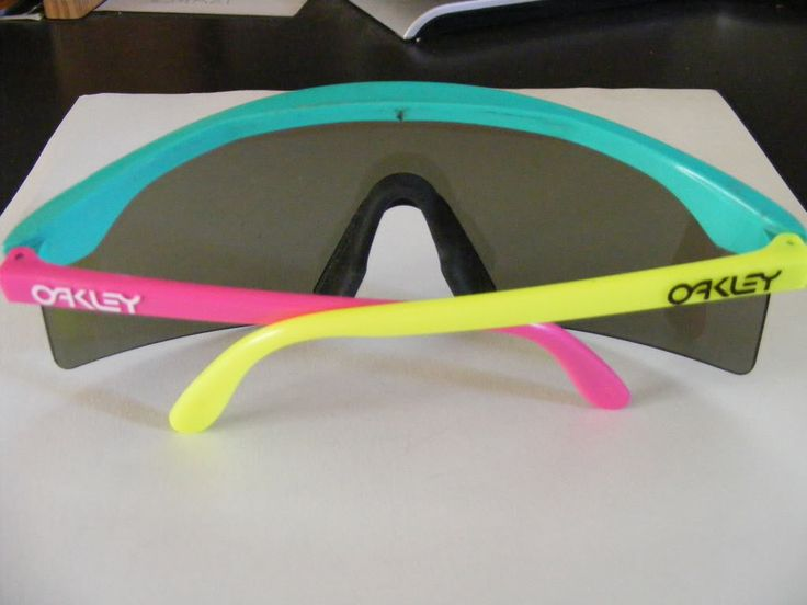 oakley sunglasses 1980s