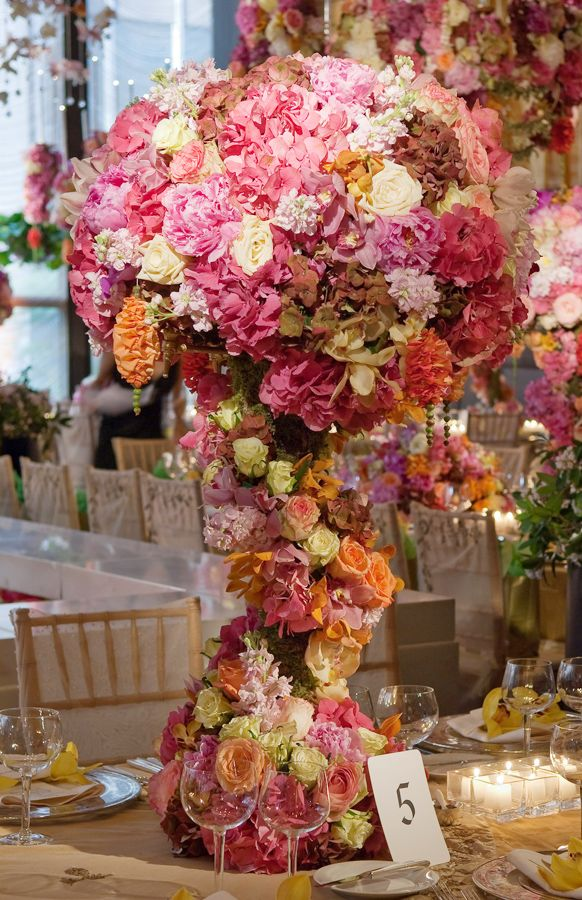 Preston Bailey wedding flower centerpieces