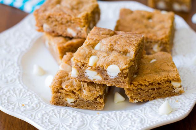 Biscoff White Chocolate Blondies. This is similar to my Cooks Kitchen ...