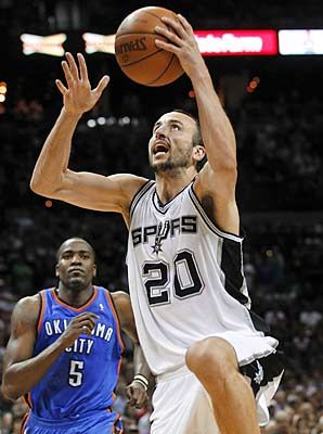 Manu Ginobili rang up 26 points as the Spurs rallied late against the Thunder in Game 1.