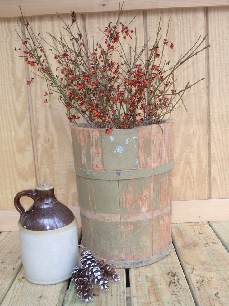 Antique bucket country decorating pinterest for Antiques decoration