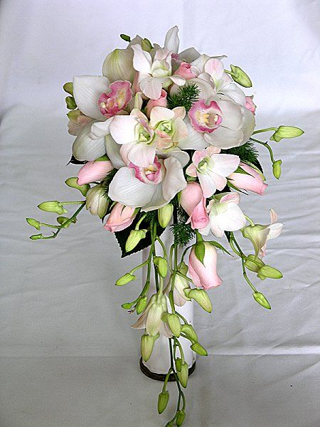Wedding Bouquets Roses And Orchids : Weddings natural looking brides bouquet wedding flowers