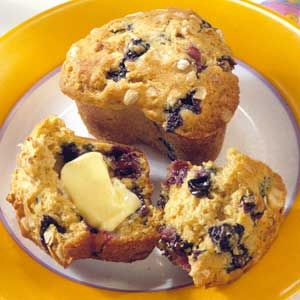 Oatmeal-Blueberry Muffins | Get In My Belly. | Pinterest