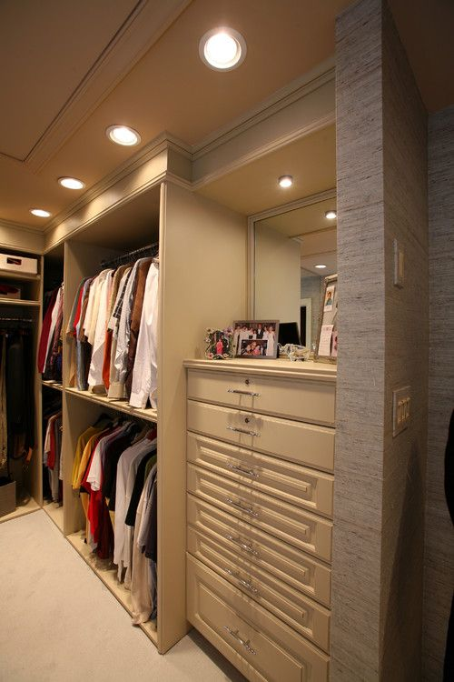 Walk In Closet With Vanity Walk In Closet Inspiration