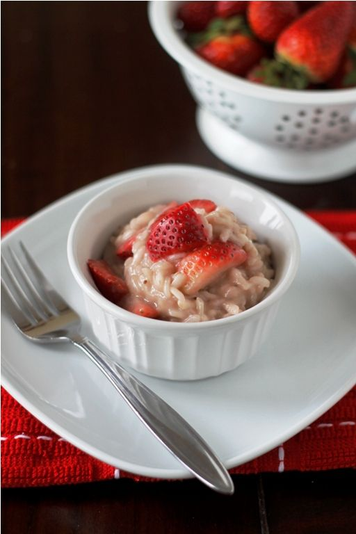 risotto alle fragole (strawberry risotto) I had this in italy and man ...