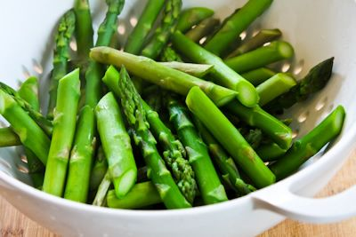 ... ®: Recipe for Barely-Cooked Asparagus with Lemon-Mustard Vinaigrette