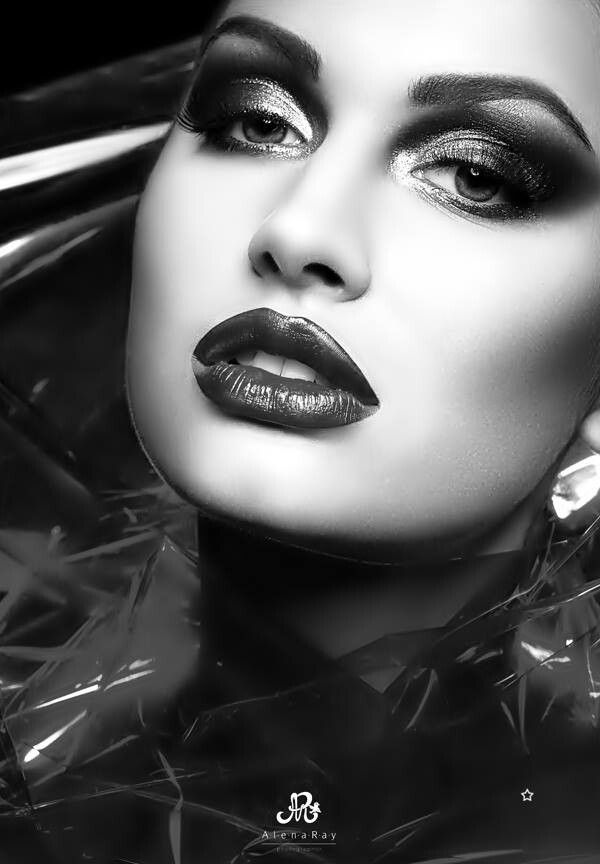 Dark makeup   [big] Hair, [painted] Skin & [beautiful ...
