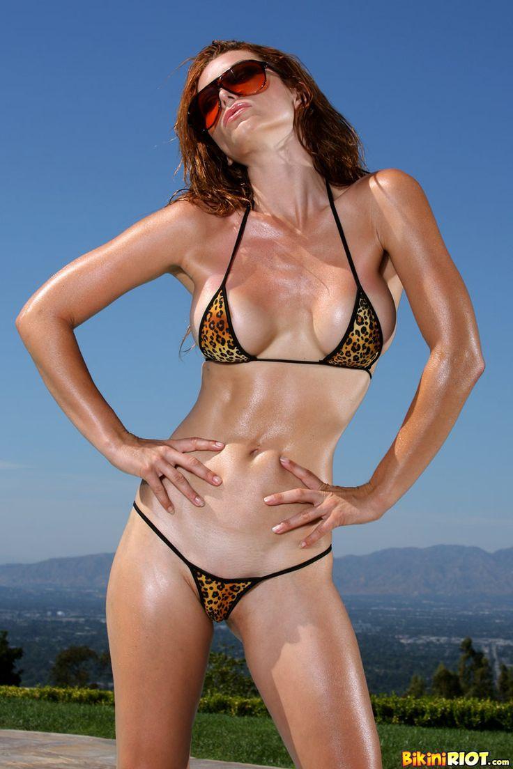 model Heather vandeven