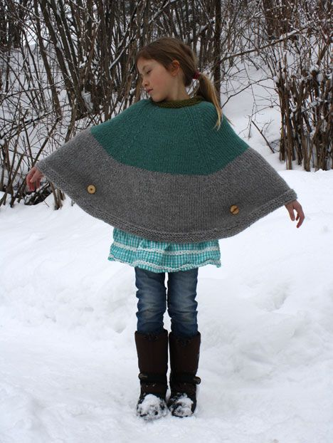 Knitting Pattern Cape With Hood : cool_cape lupi Pinterest