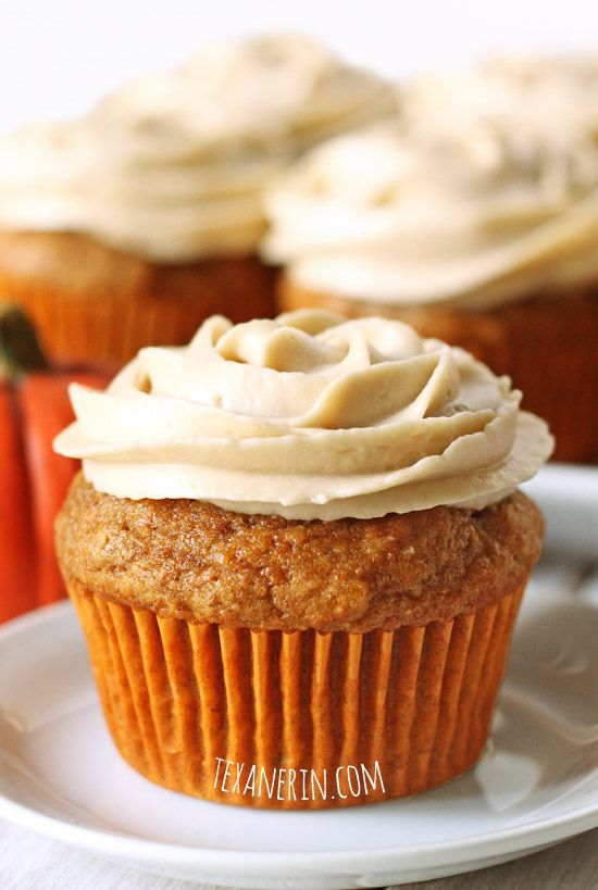Pumpkin Cupcakes (100% whole grain) - you will not believe how moist ...