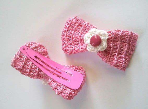 Crochet Hair Pins : Crochet bow hair pin DIY HAIRPINS Pinterest