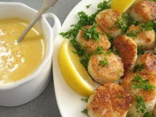 ... Lemon pepper - Sea scallops - Olive oil - Fresh parsley - Lemon juice