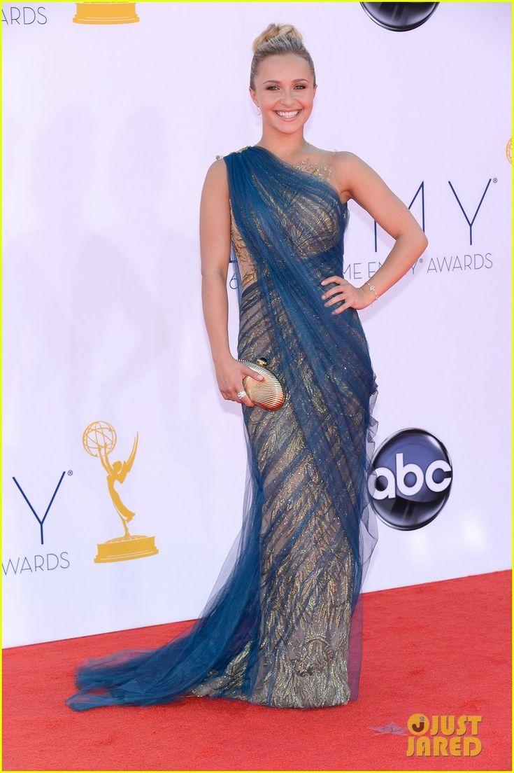 Hayden Panettiere & Connie Britton - Emmys 2012 Red Carpet