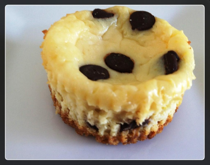 Chocolate Chip Mini Cheesecakes | baked goods | Pinterest